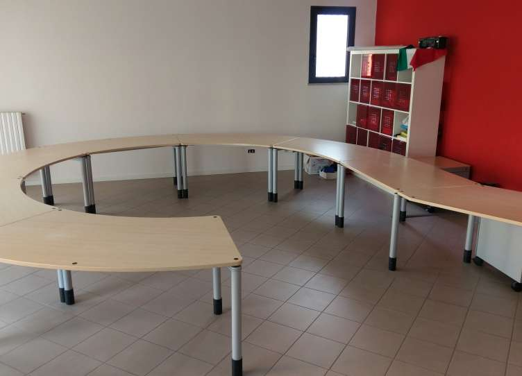 Vendita Mobili Per Ufficio Usati Arredamento E Casalinghi Per La Casa E La Persona Rimini