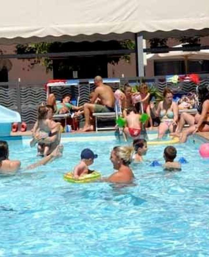 hotel 3 stelle rimini con piscina vicino al mare in all inlcusive