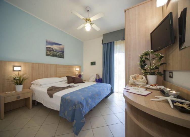 hotel 3 stelle riccione vicino mare