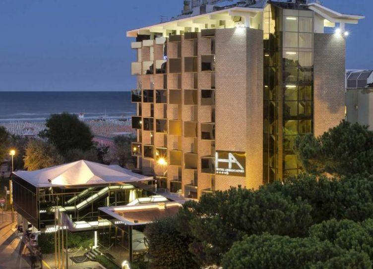 Hotel Ambasciatori Esterno