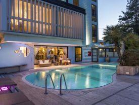 Hotel Feldberg piscina