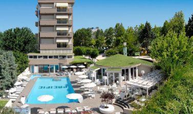 Hotel Pacific_Piscina