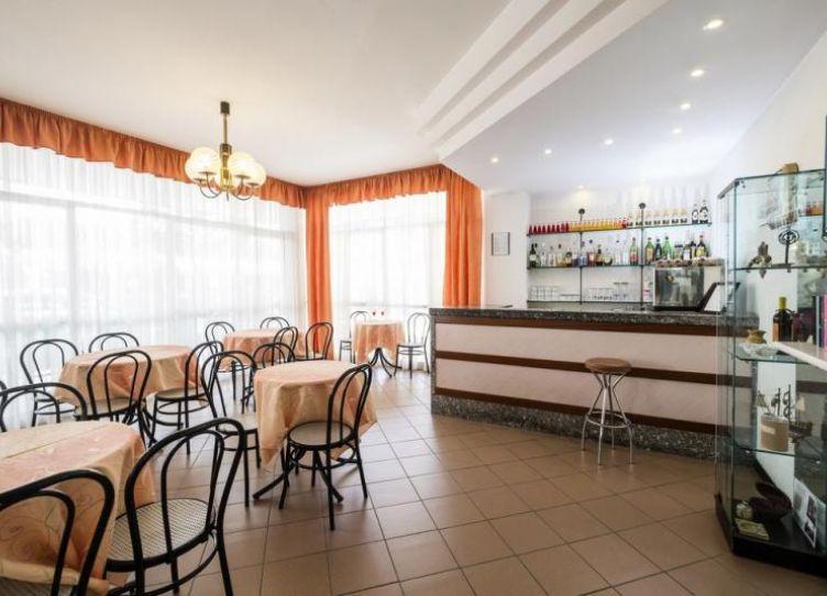 H.Belmar Bar