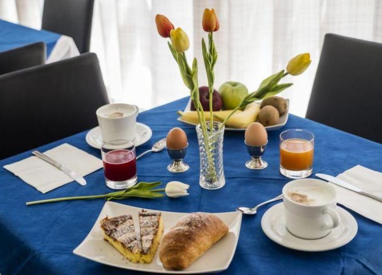 H.Belmar colazione 1