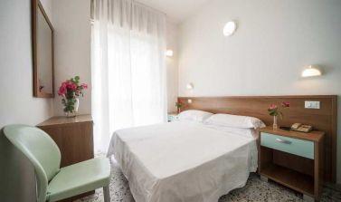 Hotel Rinaldi Torre Pedrera camera matrimoniale