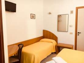 hotel rimini economico vicino fiera
