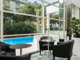 Hall vista piscina