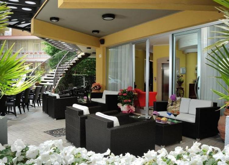 Hotel 3 stelle a Marebello con offerte all inclusive