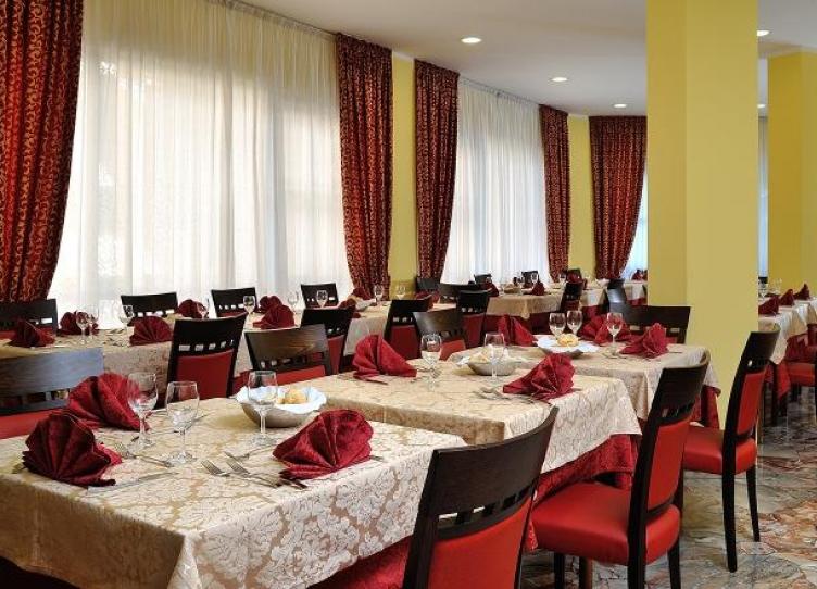 Hotel 3 stelle a Marebello con cucina romagnola