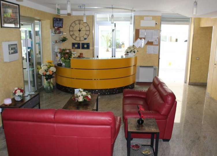 Hall/Reception
