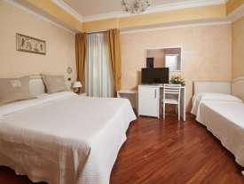 camera junior suite con vasca hotel rimini