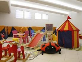 hotel 3 stelle a rimini con area giochi per bambini