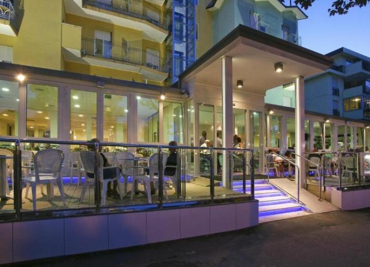 hotel 3 stelle a rimini con parcheggio gratuito