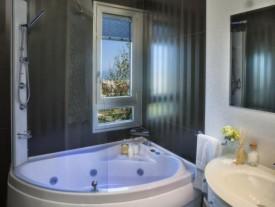 offerte hotel 3 stelle a rivazzurra camere con idromassaggio e box doccia