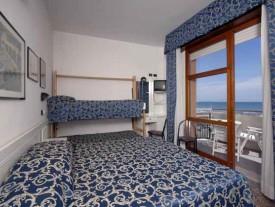 Hotel 3 stelle a Rivazzurra vicino alla spiaggia