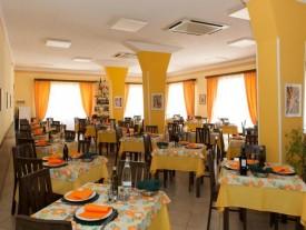Hotel 3 stelle a viserbella di Rimini pensione completa