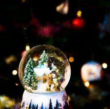Natale dentro palla di cristallo