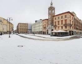 Piazza Tre Martiri sotto la neve