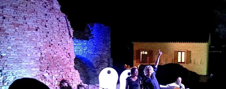 Arancionè la notte al Castello dei Bambini