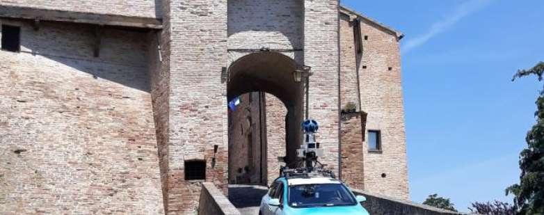 Google car a Montegridolfo