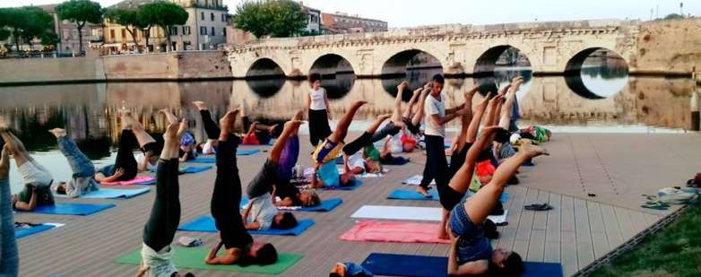 Yoga al Ponte di Tiberio