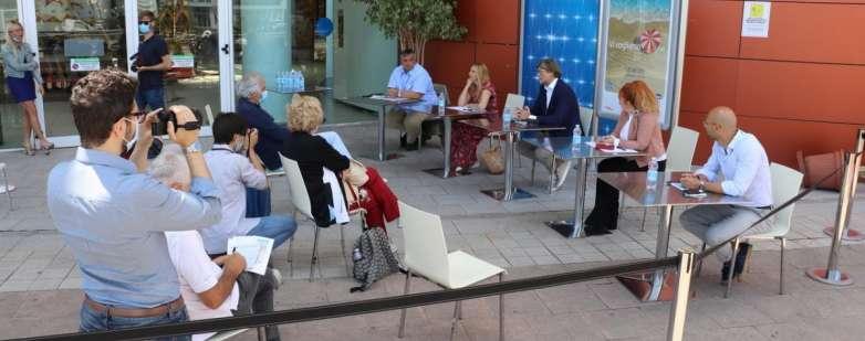 La conferenza stampa di presentazione di Vi vogliamo bene a Le Befane Shopping Centre di Rimini