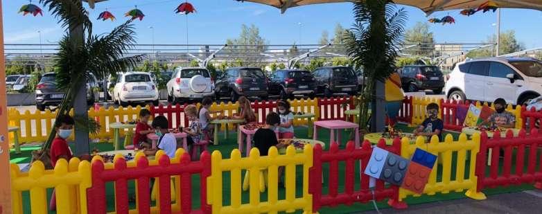 I bambini del Summer Camp Le Befane impegnati con i 'mattoncini' di Bricks World