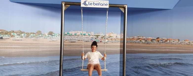 Anche i bambini sull'altalena de Le Befane
