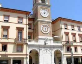 Torre dell orologio piazza tre martiri