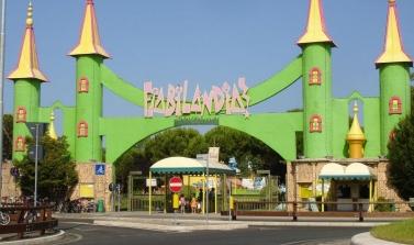 Hotel 3 stelle a Rimini offerta ponte del 2 giugno con Fiabilandia gratis