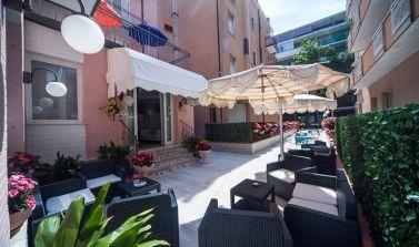 Offerta_Notte_Rosa_Hotel_Rimini