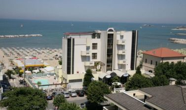 Offerta_primosole_hotel_Rimini