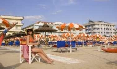 hotel rimini vicino spiaggia