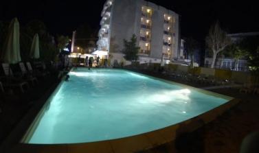 hotel 3 stelle a marebello con offerta vacanze più ingresso oltremare gratis
