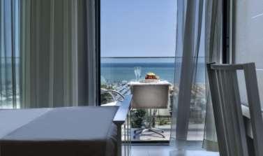 Promozione settembre a Rimini in hotel sul mare con bimbi gratis