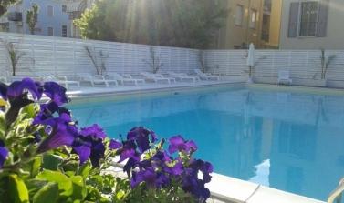 hotel 3 stelle-rimini-piscina