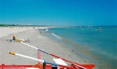 Offerta giugno albergo vicino al mare Marebello di Rimini